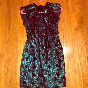 SPARKLY DRESS / GREAT FOR ANY OCCASION
